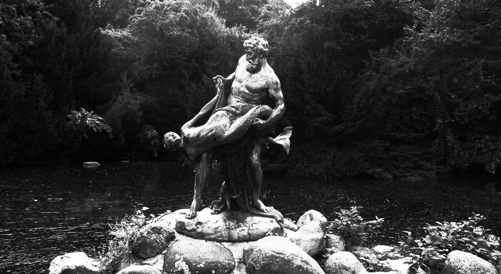 Neptune und Meerjungfrau-Berlin