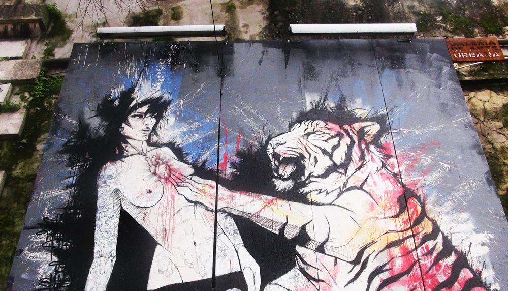 Street Art Lisabon - trust