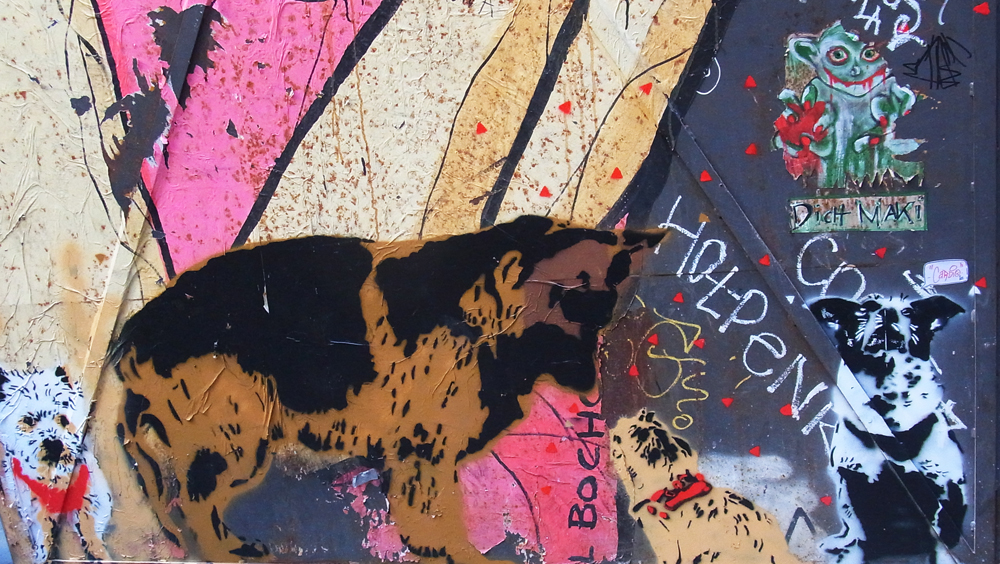 Street Art Berlin - the local dog crew